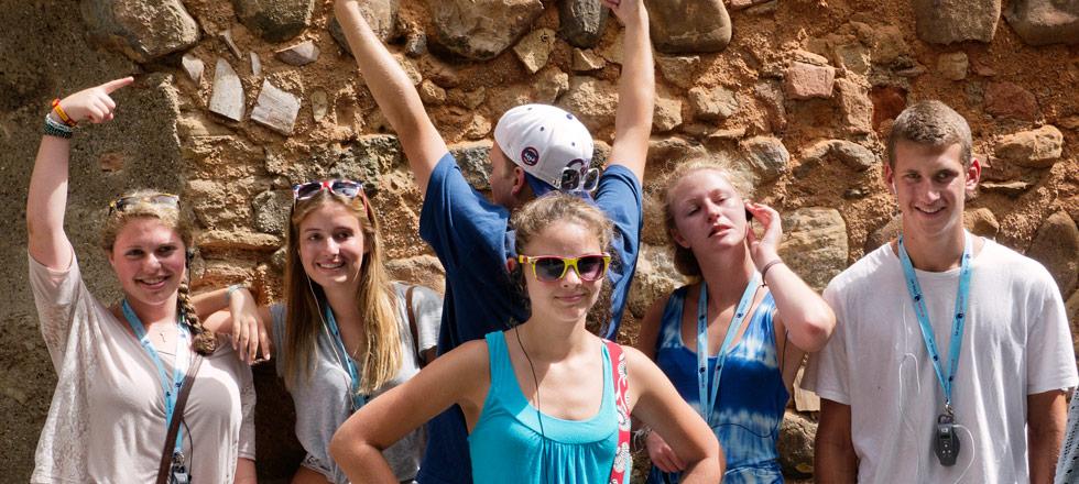 Nerja students visit the Alhambra