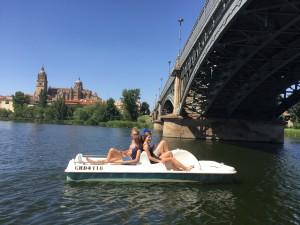 PaddleBoatBridgeTormes